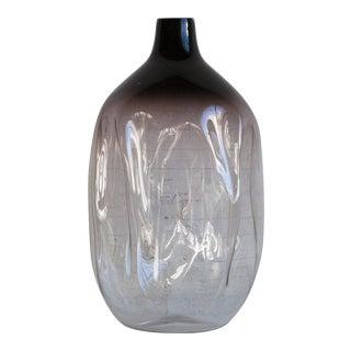 """Esque Studio's """"Deflate"""" Vase"""