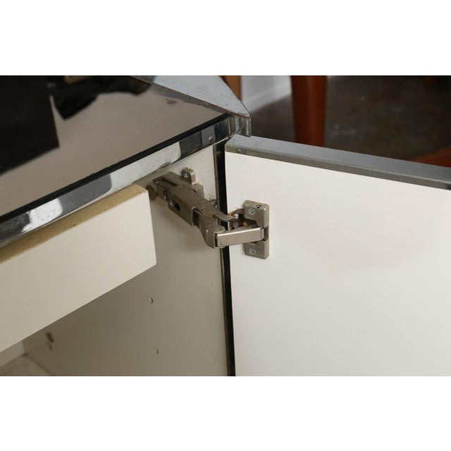 Modern Vintage Ello Chrome, Smoked Glass and Mirror Credenza or Sideboard - Image 3 of 8