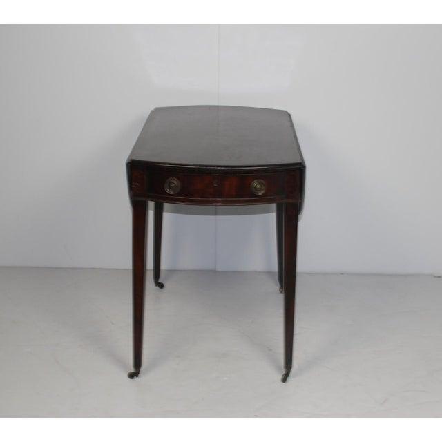 19th century english mahogany pembroke table chairish for Table th width
