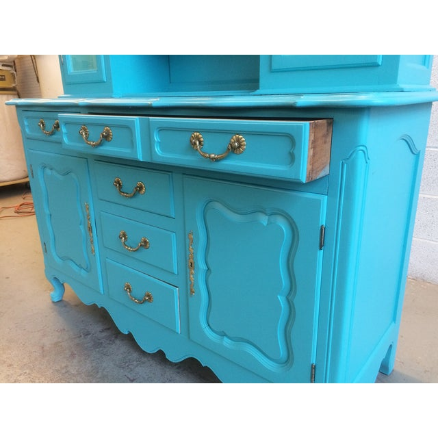 American Turquoise Chippendale Style Oak Hutch - Image 4 of 10