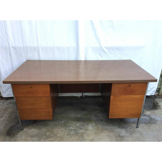 Knoll associates mid century executive desk chairish for Knoll and associates
