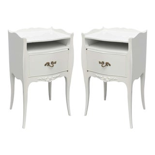 John Widdicomb White Lacquer Nightstands, USA, 1960s