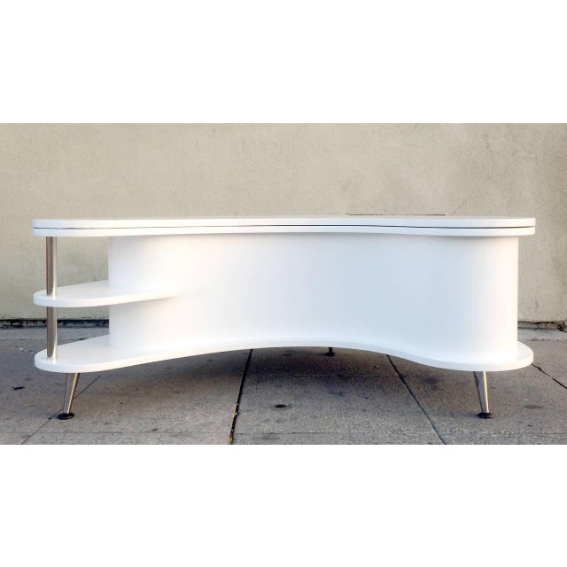 Rare Mid-Century Modern Coffee Table With Collapsi - Image 2 of 9