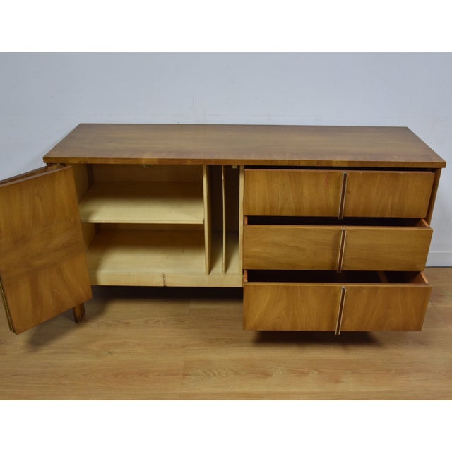 Dale Ford for John Widdicomb Vintage Credenza - Image 4 of 11