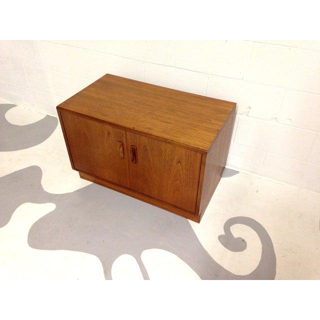Mid-Century Two Door Teak Cabinet - Image 5 of 8