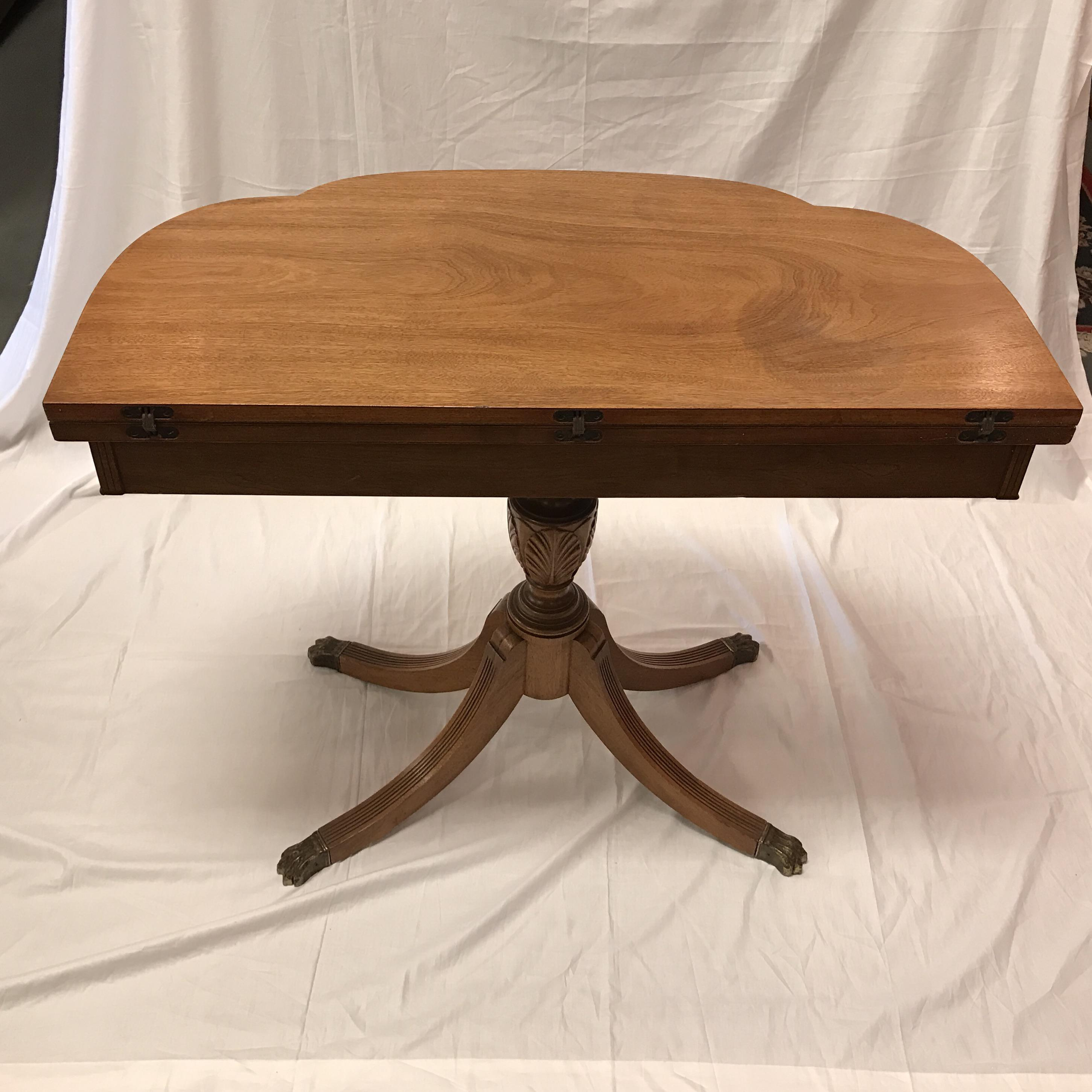 Charming Vintage Imperial Mahogany Game Table   Image 5 Of 8