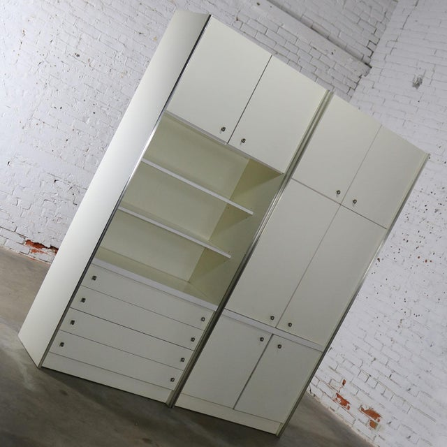 Mid Century Modern White Laminate Wall Unit Bookcase Display Cabinets, a Pair - Image 3 of 11