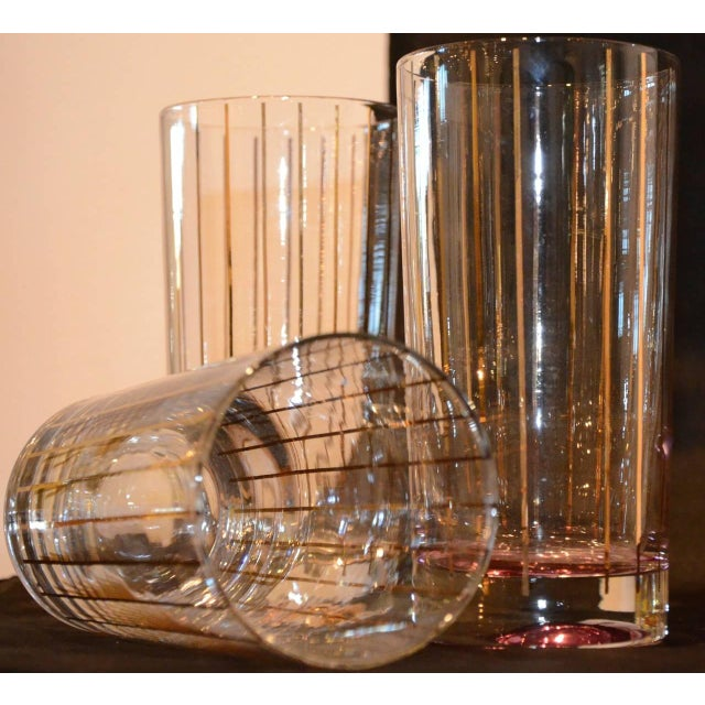 Set of Eight Mid-Century Gold Stripe Tom Collins Glasses with Brass Caddy - Image 4 of 6