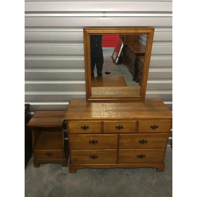 Solid Maple Dresser & Mirror - Image 5 of 6