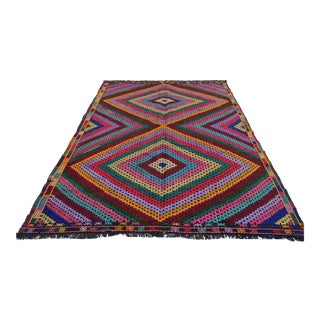 "Hand-Woven Turkish Diamond Rug - 6'7"" X 9'5"""