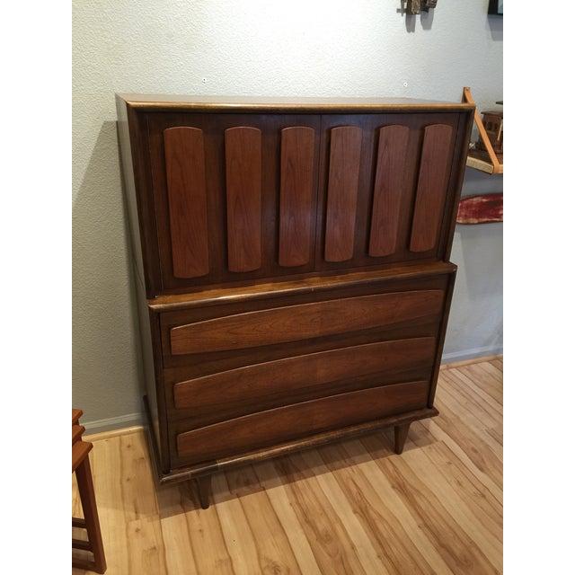 Image of American of Martinsville Mid-Century Dresser Chest
