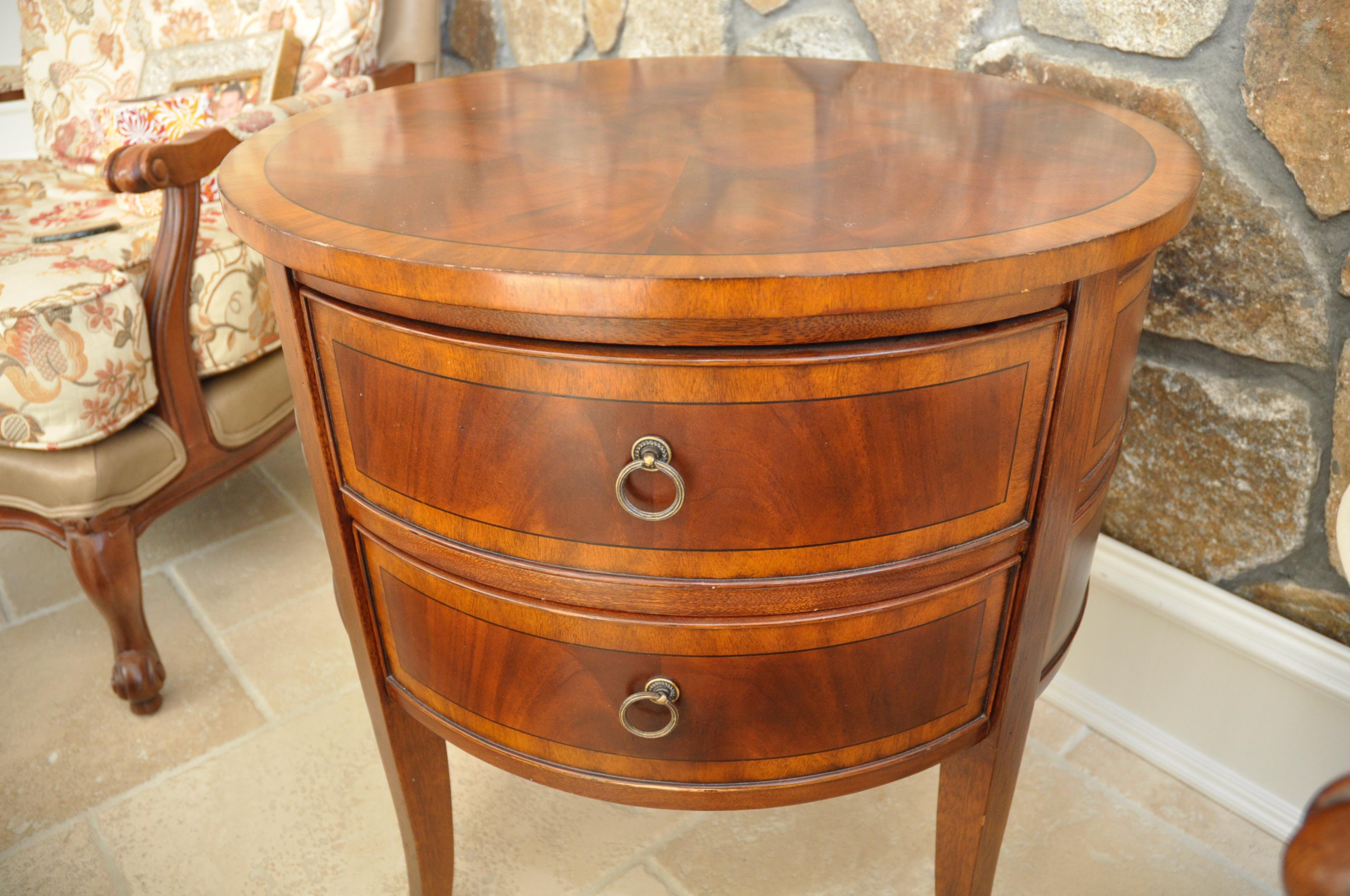 High Quality Ethan Allen Newport Collection Osborne Round End Table   Image 3 Of 8