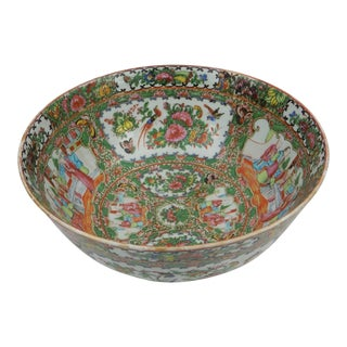 Antique Chinese Export Rose Medallion Serving Bowl