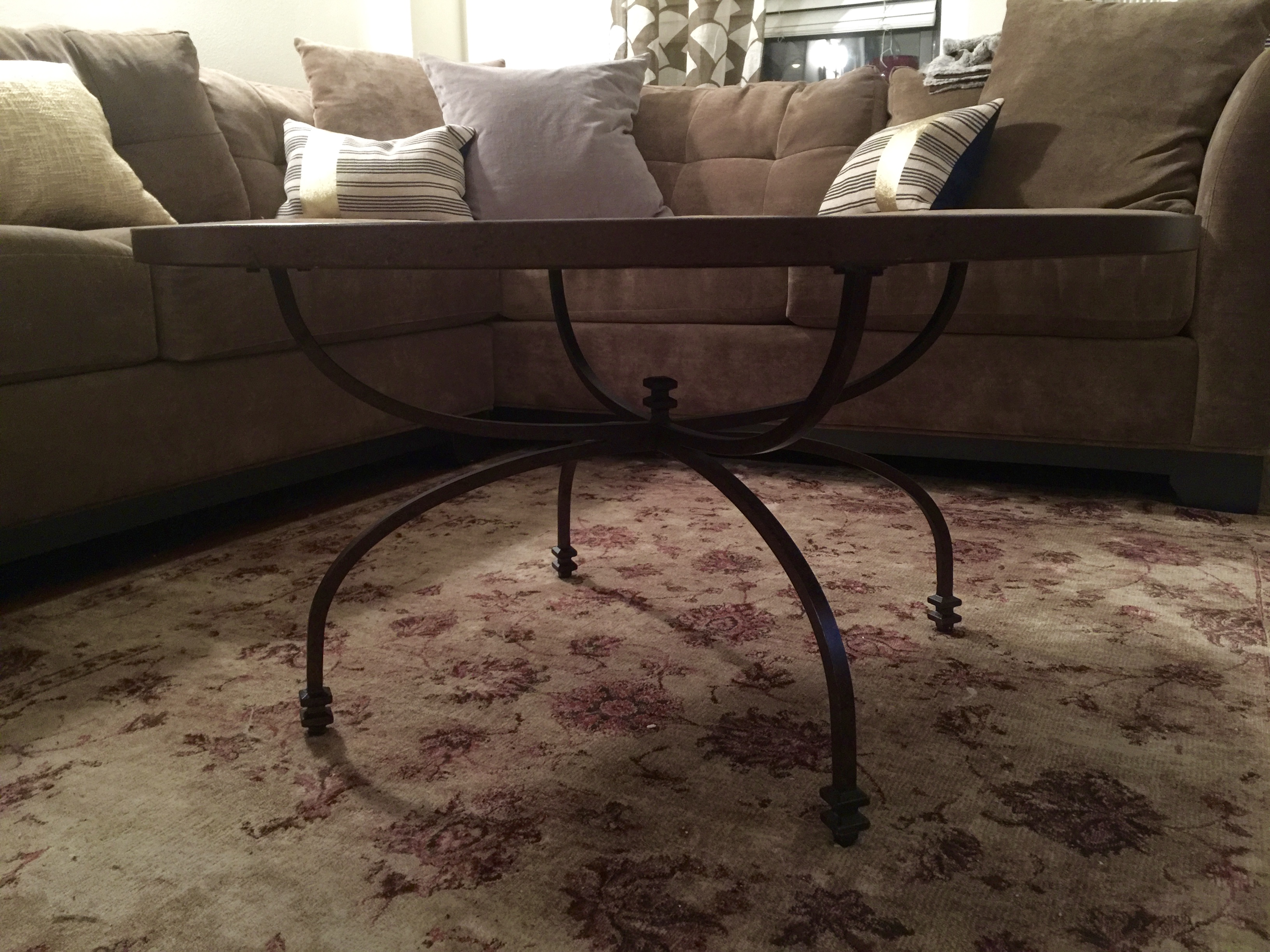 Pottery Barn Willow Antiqued Coffee Table   Image 6 Of 8