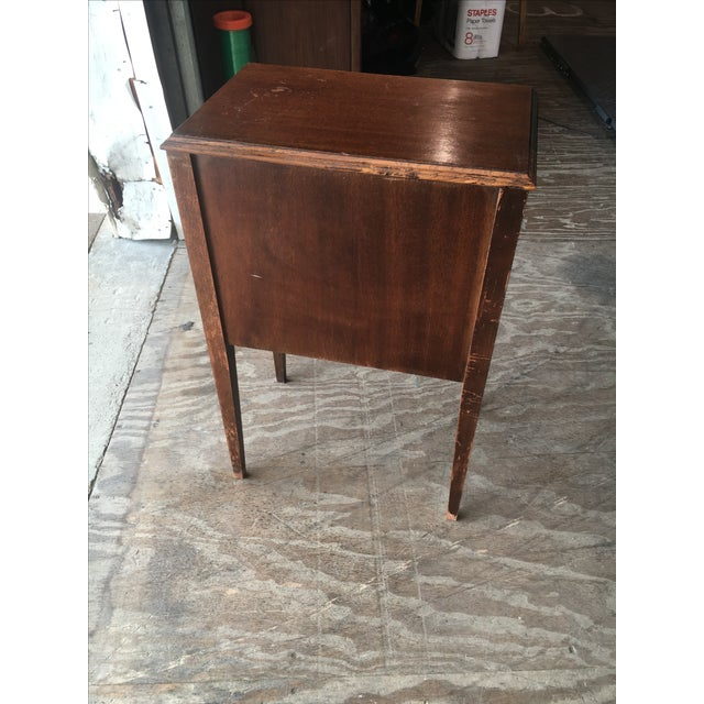 Vintage mahogany sewing table stand chairish for Table stand i 52 compose