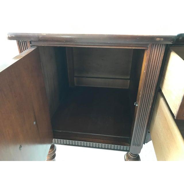 Vintage Detailed Wood Sideboard - Image 3 of 10
