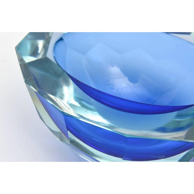Italian Murano Sommerso Diamond Faceted Flat Cut Polished Glass Geode Bowl - Image 8 of 9