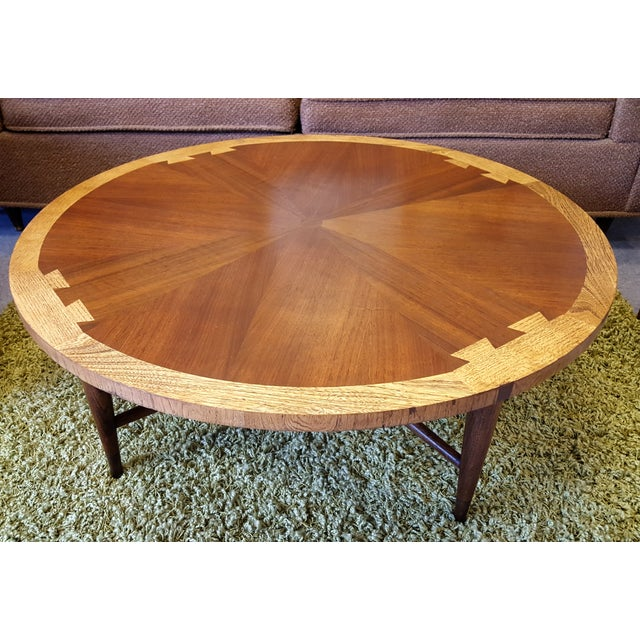 "Image of Round Lane ""Acclaim"" Coffee Table"