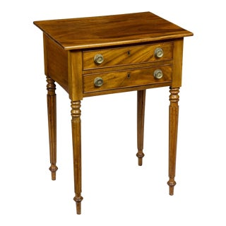 Classical Federal Mahogany Nightstand with Tapered Legs