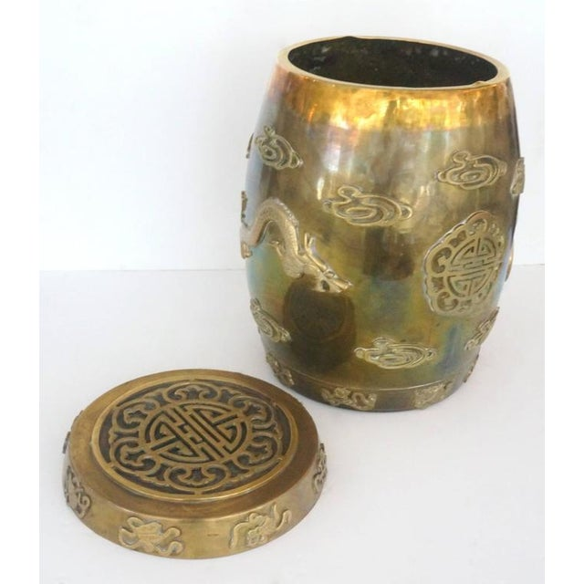 Hollywood-Regency, Brass Garden Stool / Side Table, Asian Motif with a Removable Lid - Image 9 of 10