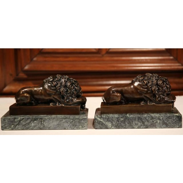19th Century French Bronze Lions on Marble Bases Signed J. Moigniez - a Pair - Image 5 of 10