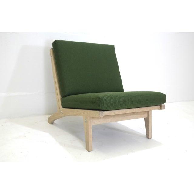 Image of Hans Wegner Mid-Century Modern Chair GE-370