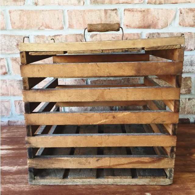 Antique Egg Carrier Crate - Image 5 of 6