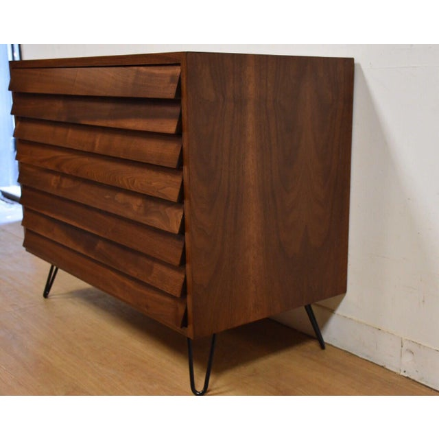 American of Martinsville Louvered Dresser - Image 4 of 9