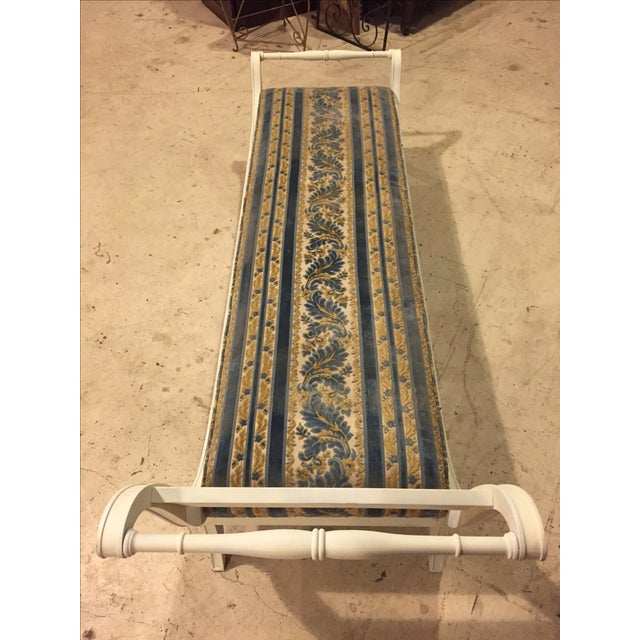 Antique 1920s White Directoire Style Chaise Lounge - Image 7 of 11