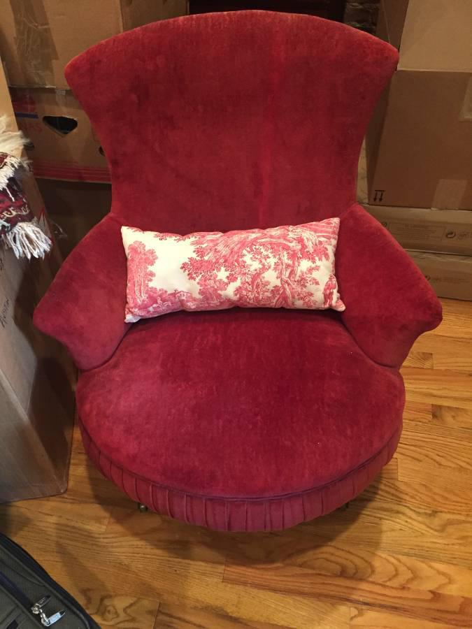 Victorian Red Velvet Slipper Chair   Image 3 Of 6
