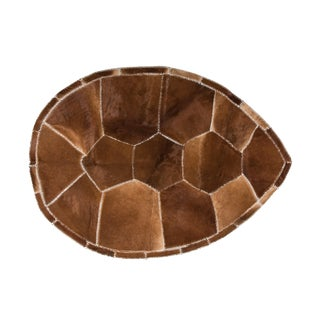 """Aydin Turtle Shape Cowhide Patchwork Accent Area Rug - 5'2"""" X 7'0"""""""