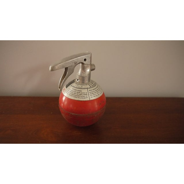 Round Red Fire Extinguisher - Image 5 of 6
