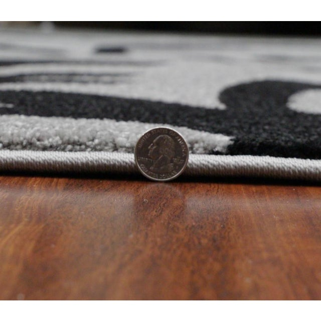"""Transitional Floral Gray & Black Rug - 5'3""""x7'7"""" - Image 6 of 6"""