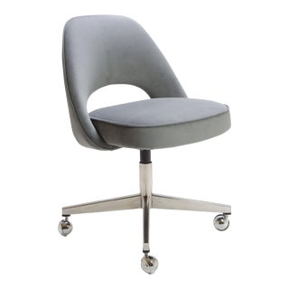 Saarinen for Knoll Executive Armless Chair in Gray Moleskin, Swivel Base