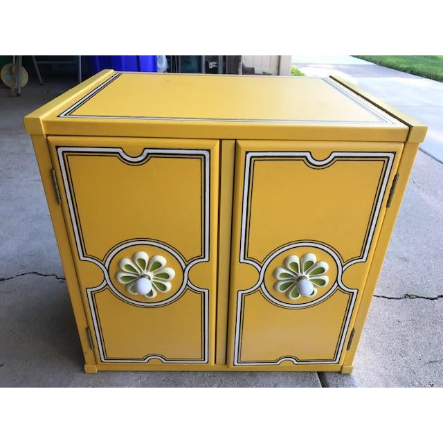 Drexel Flower Power Peter Max Style Nightstand - Image 2 of 4