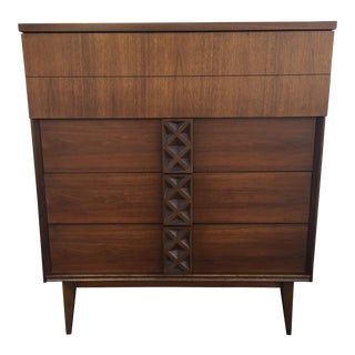 Bassett Mid-Century Chest of Drawers
