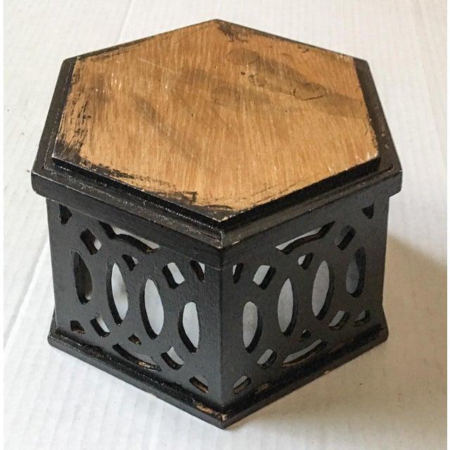 English Fretwork Octagonal Ebonized Wood Cachepot - Image 6 of 6