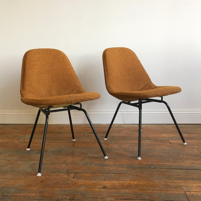 Herman Miller Eames Wire Chairs With Alexander Girard Covers - A Pair - Image 5 of 10