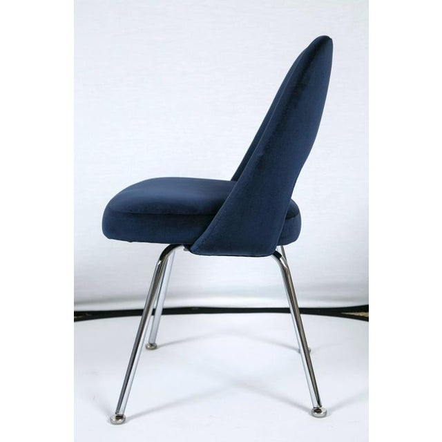 Saarinen Executive Armless Chair in Navy Velvet - Image 3 of 6