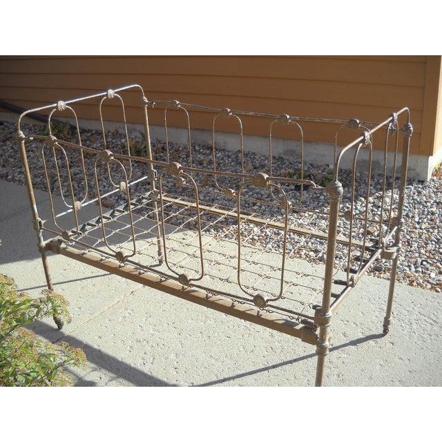 1800s Metal Crib - Image 2 of 8