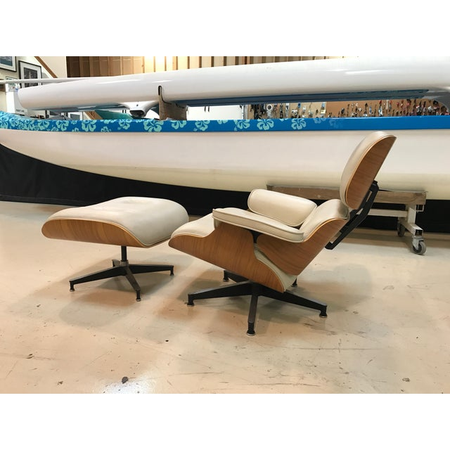 Herman Miller Lounge Chair & Ottoman - Image 8 of 9