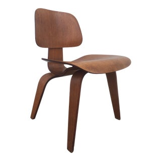 Eames Herman Miller Mid-Century DCW Chair