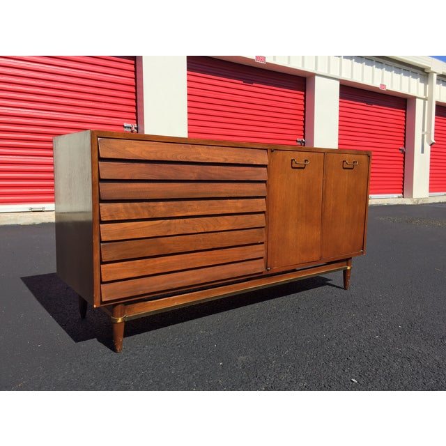American of Martinsville Dania Dresser - Image 2 of 11
