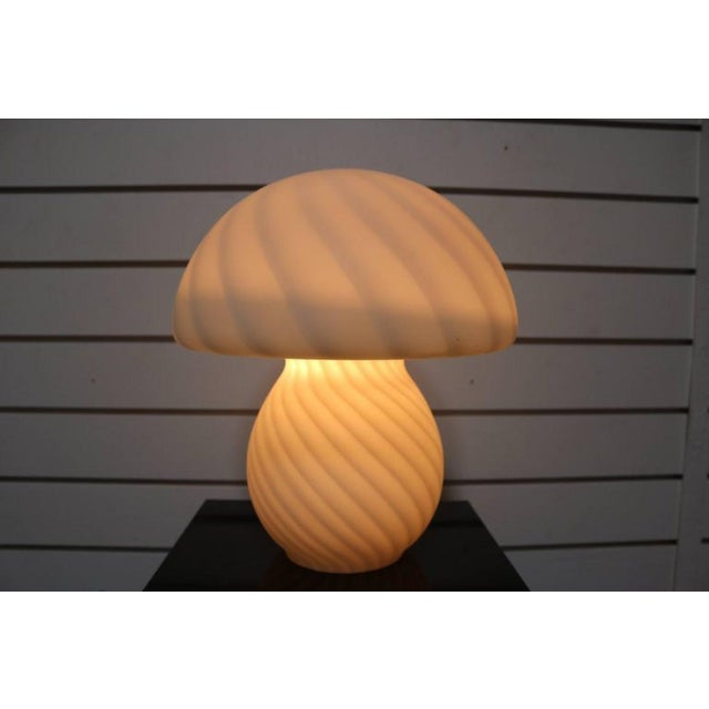 Murano Glass Mushroom Lamp - Image 4 of 7