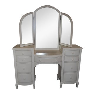 Pottery Barn Teen Lilac Vanity
