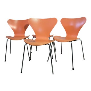 Fritz Hansen Series 7 Arne Jacobsen Side Chairs - Set of 4