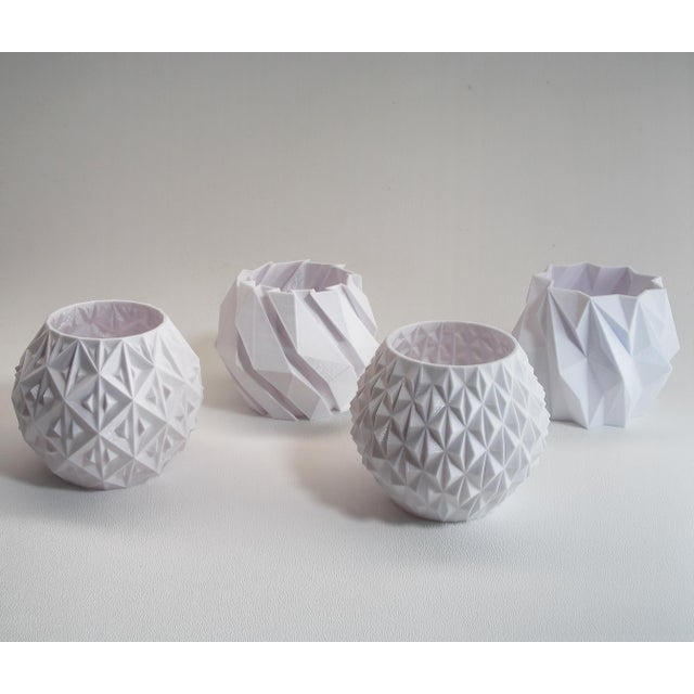 Small White Geometric Planters - Set of 4 - Image 4 of 4