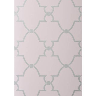 Trellis Patterned Wallpaper - Lilac