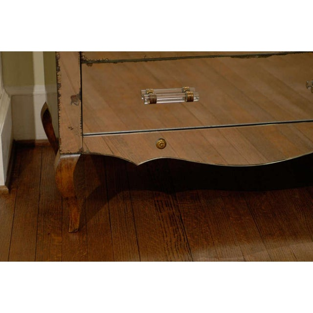 Mirrored Art Deco Three Drawer Chest with Brass Accents - Image 7 of 9