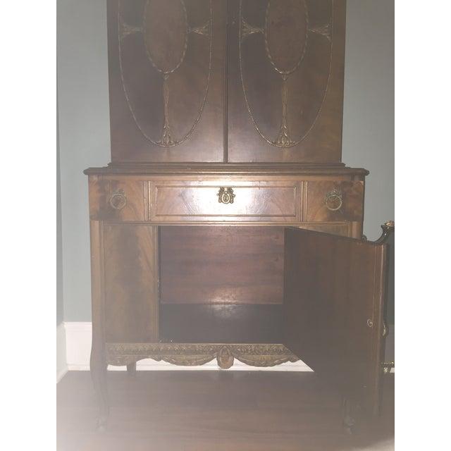 Vintage Batesville China Storage Cabinet - Image 6 of 8